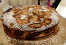 """Si conclude ad Olevano la prima edizione di """"Dolce Poesia"""". Valentina, titolare del negozio """"Peccati di gola"""", tenta la vittoria con la sua gustosissima torta all'annurca."""